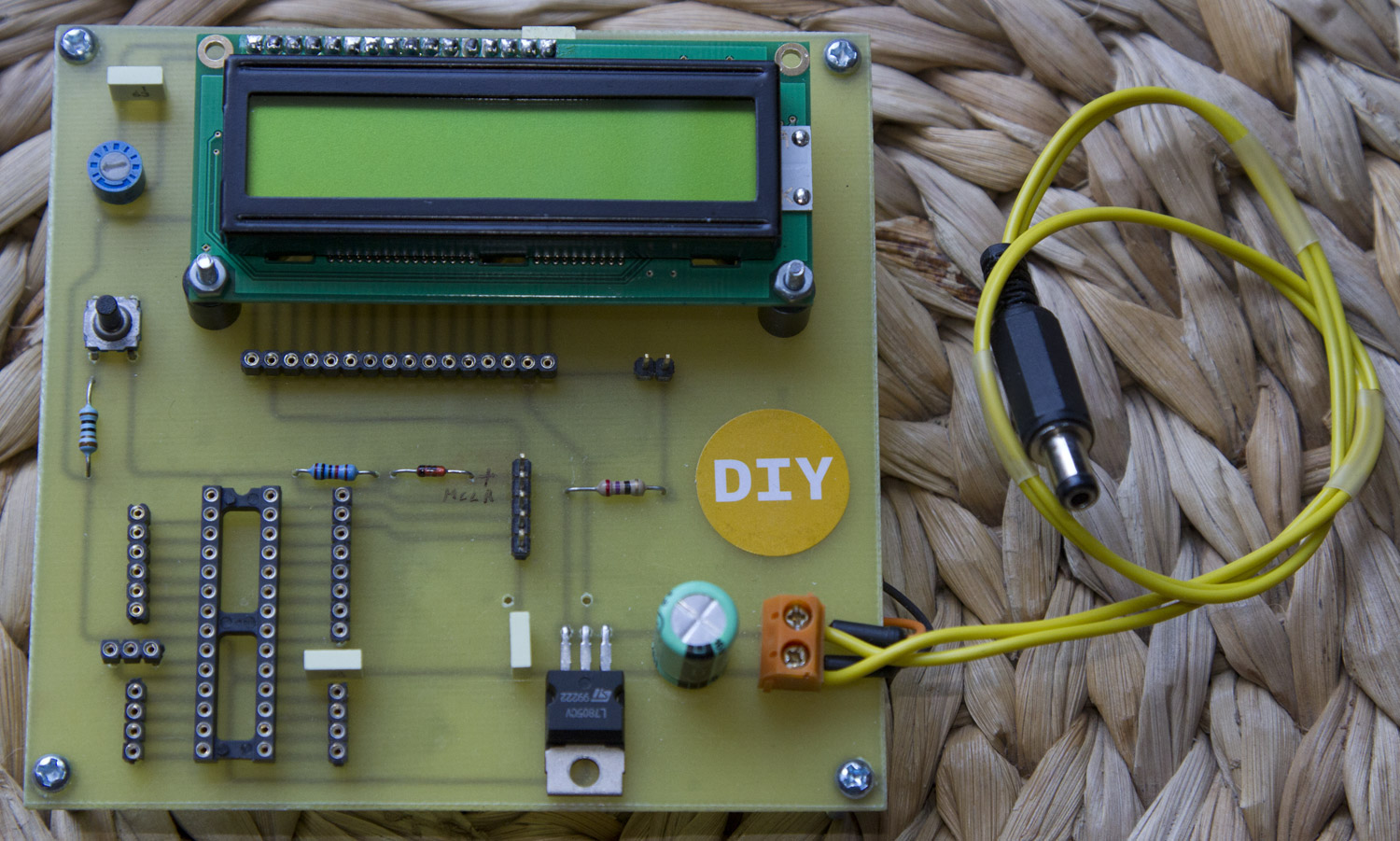 LCD Demo board for PIC