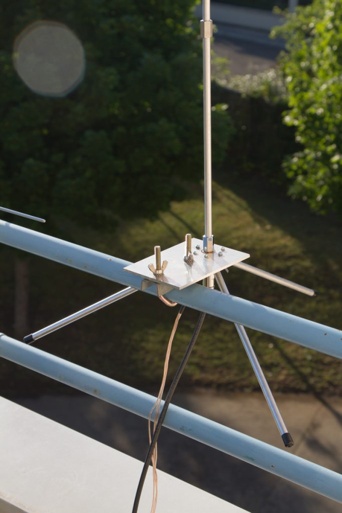 update: 07/07, bracket for balcony mount is now ready! i'm mainly QRV on 20 meters